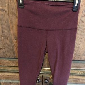 lulu lemon maroon pants